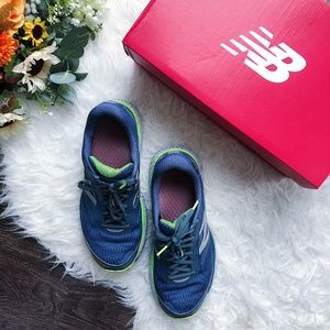 NEW BALANCE BLUE RUNNING SNEAKERS NEW WITH BOX